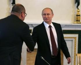 Рукопожатия вместо санкций