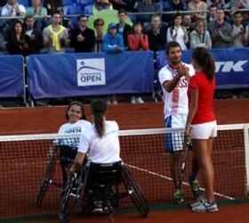 Большой теннис на Дворцовой