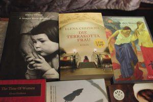 Книги Елены Чижовой переведены на 15 языков (Чтобы увеличить, кликните на фото)